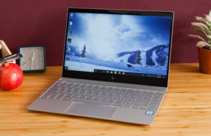 Display-ul, una dintre cele mai sensibile componente ale unui laptop